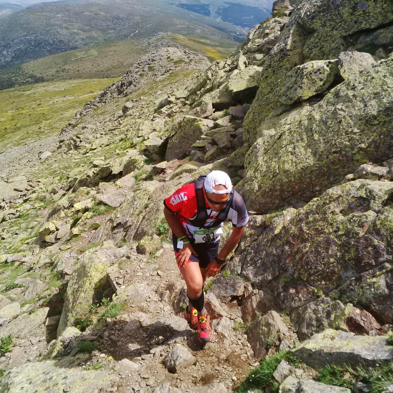Kike de Diego, deportista de trail, ha superado su fascitis plantar con un tratamiento de plantillas personalizadas